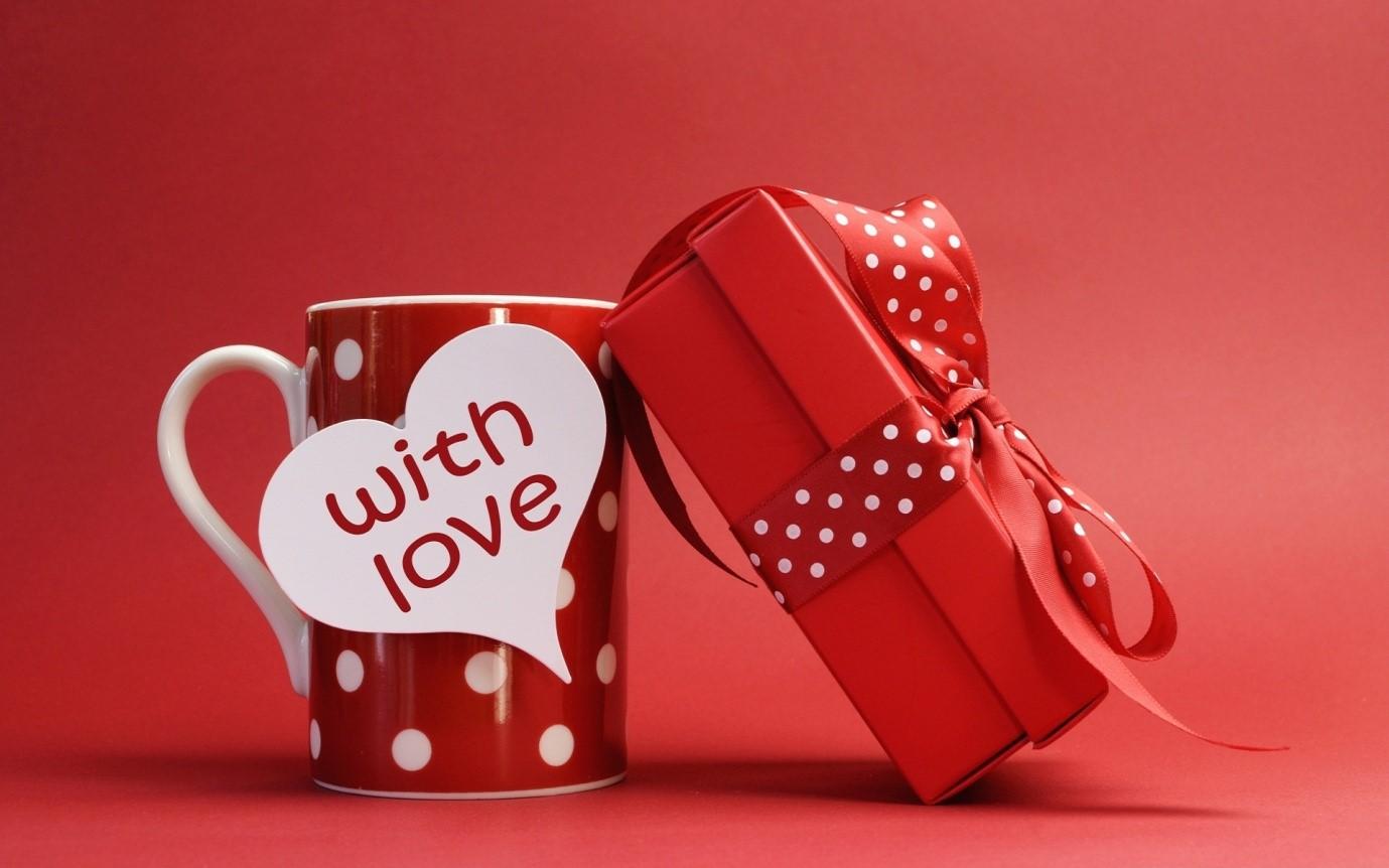5 Things to Give to Your Loved Ones as a Souvenir