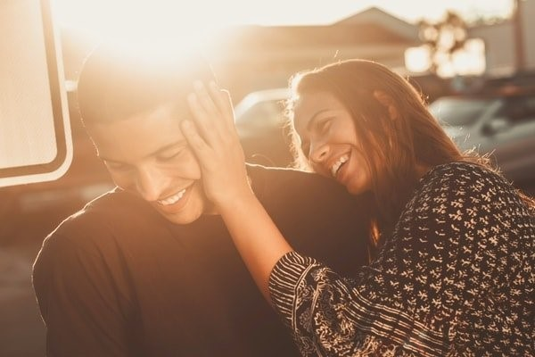 Dating Advice: Is it Worth it to Hire a Dating Coach?