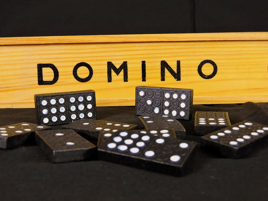 Start To Earn Additional Money By Playing Domino 99 APK