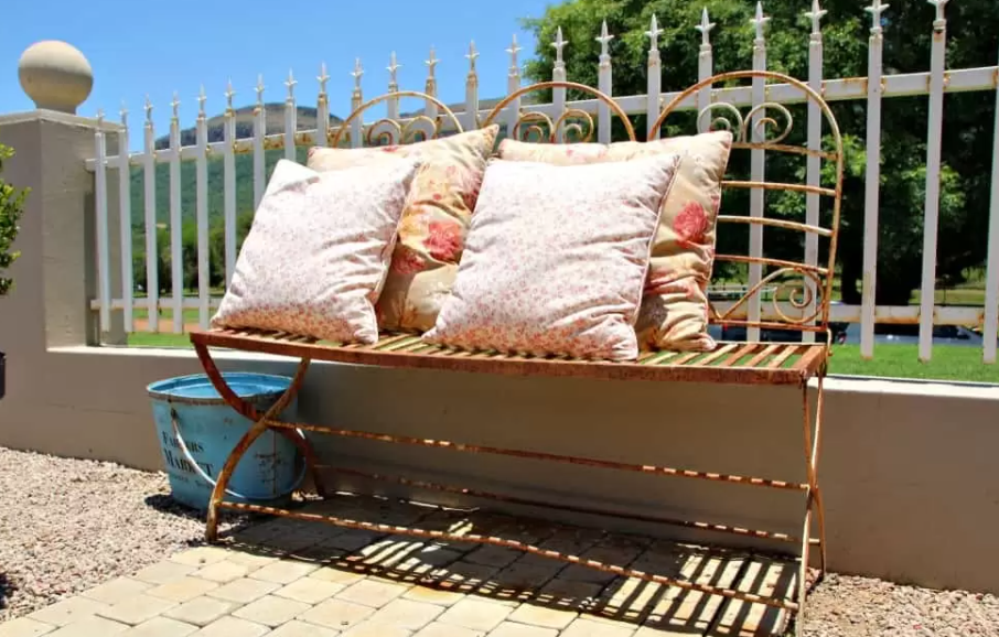 Top 4 Things to Consider Before Purchasing Outdoor Cushion Covers